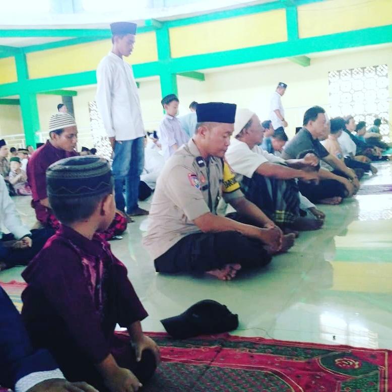 Polisi Cinta Masjid,Bhabinkamtibmas Polsek Teluknaga Sambangi Masjid Al Islah Desa Rawa Burung