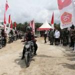 Pangkogabwilhan II Serahkan Paket Sembako HUT Ke-75 TNI di Masamba
