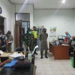 Bersama Tim Gabungan Pos Terpadu, Polres Kukar Laksanakan Patroli Penegakan Protokol Kesehatan