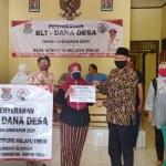 Pemerintah Desa Kampung Melayu Timur Salurkan 166 KPM Penerima BLT Dana Desa Tahap 4 Dan 5