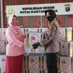 Memperingati Hari Ulang Tahun ke 41, YKB Bagikan 80 Paket Sembako