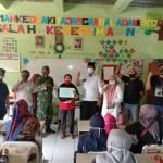 Pemerintah Desa Kampung Melayu Timur Menyalurkan 664 KK BST Pusat Kemensos RI