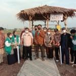Pemdes Bojong Renged Bersama KKN-UMT Resmkian Taman Baca Matura Kampung Tematik Waru Briliant