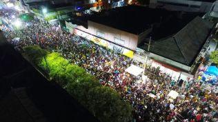 Foliões lotaram às ruas de Caicó na segunda de carnaval