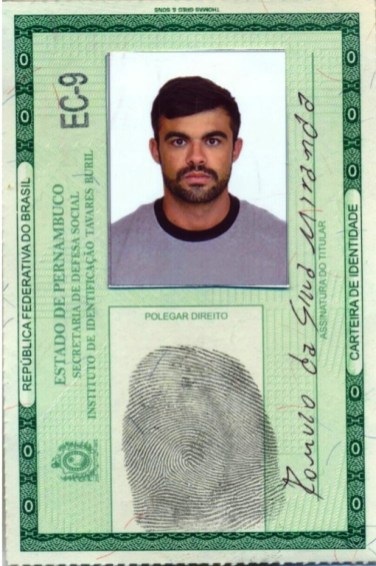 Identidade falsa usada pelo acusado