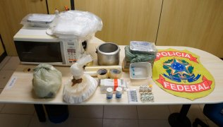 Material-usado-para-preparar-a-droga-que-seria-comercializada