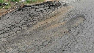 Buracos-na-estrada-de-Caicó-para-Jucurutu