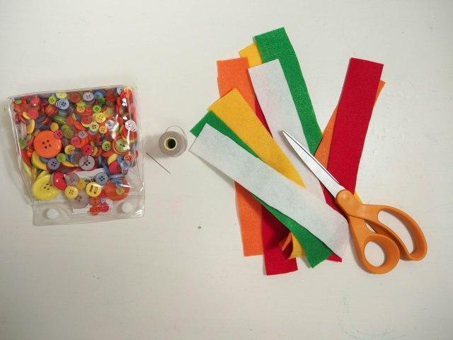 DIY 小遊戲 - 不織布串圈圈 DIY Fun with Links