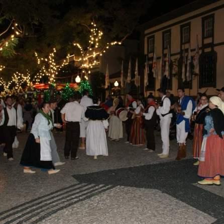 Traditionelle Volkstänze in Funchal auf Madeira