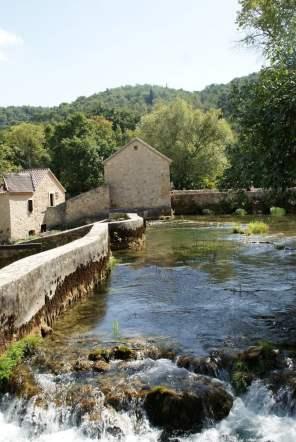 Alte Mühle Nationalpark Krka Kroatien Fluss Mauer