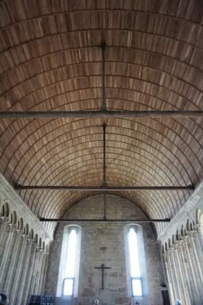 Holzdecke im Speisesaal Mont-Saint-Michel Abtei