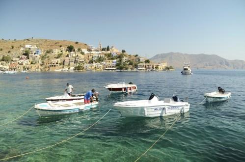 Bateaux amarrés plan large - Limnos - 3 îles grecques - Destination, Grèce