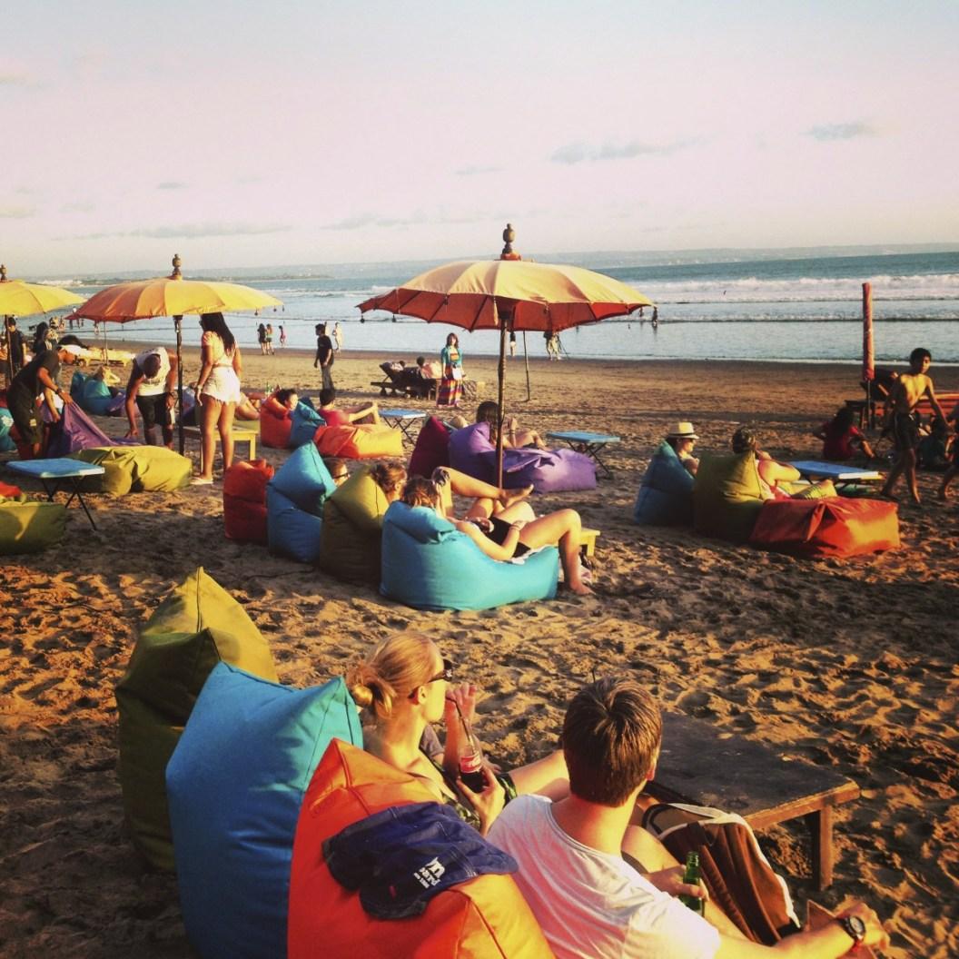 Divans sur la plage - Une villa à Bali - Hôtel, Bali