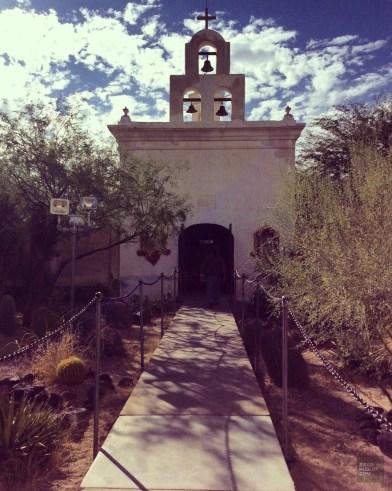Extérieur architecture chapelle - Mission San Xavier Del Bac Del - Tout sur Tucson - Amérique, États-Unis, Arizona