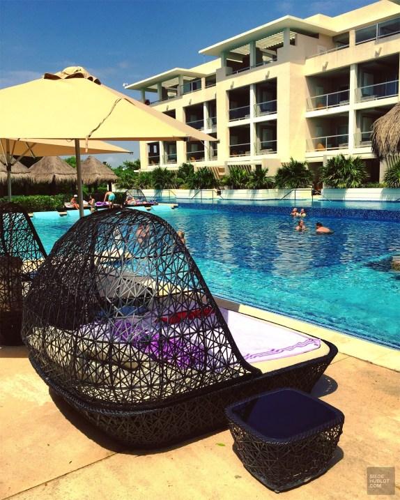 mobilier piscine - Le style - Un Paradisus à Playa Del Carmen - Amérique du Nord, Mexique
