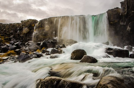 chute game of thrones le fameux triangle d or islande europe