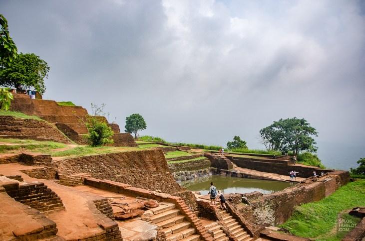 vieille cite dessus rocher - vieilles cites, temples et monasteres - Sri Lanka, au cœur de l ile - Asie, Sri Lanka