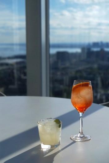 Cocktails sur la terrasse - Bisha - 12 Hôtels à Toronto - Amérique du Nord, Canada, Ontario