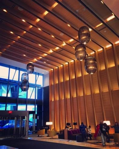 Lobby avec haut plafond - Delta - 12 Hôtels à Toronto - Amérique du Nord, Canada, Ontario
