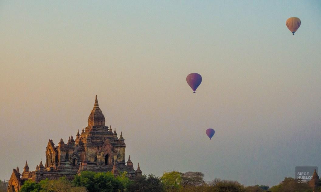 montgolfiere - Bagan, capitale de l ancien royaume de Pagan - A la recherche du temple perdu Bagan, Myanmar - Asie, Myanmar
