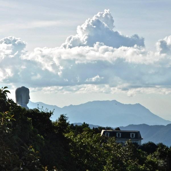 Le grand Bouddha blanc - Le Fantasy Park - Faire le Pont à Ba Na Hills - Asie, Vietnam