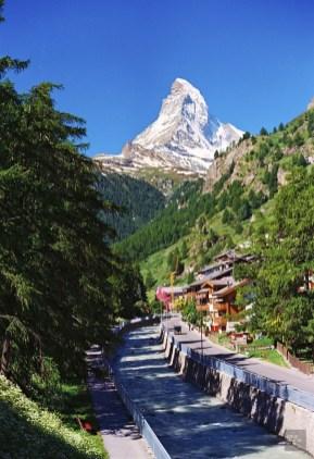 Le Cervin vu du village - Zermatt, Valais - Zermatt, la quintessence de la Suisse - Europe, Suisse