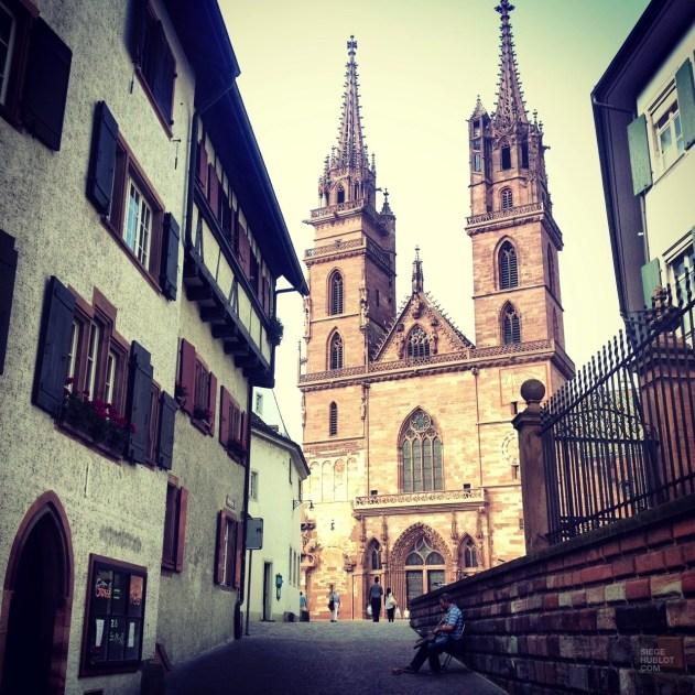 Cathédrale Notre-Dame - Quartier historique et monuments importants - Bâle, une ville au coeur de trois pays - Destination, Europe, Suisse