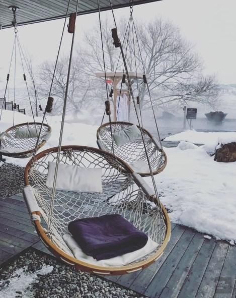 Chaises extérieures - Les petits plus - Le Strøm spa nordique du Vieux-Québec - Canada