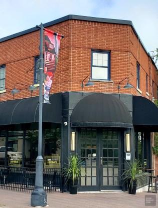 Bar Bistro L'Entracte - La Vallée-de-l'Or - Une virée en Abitibi-Témiscamingue - Amérique du Nord, Canada, Québec