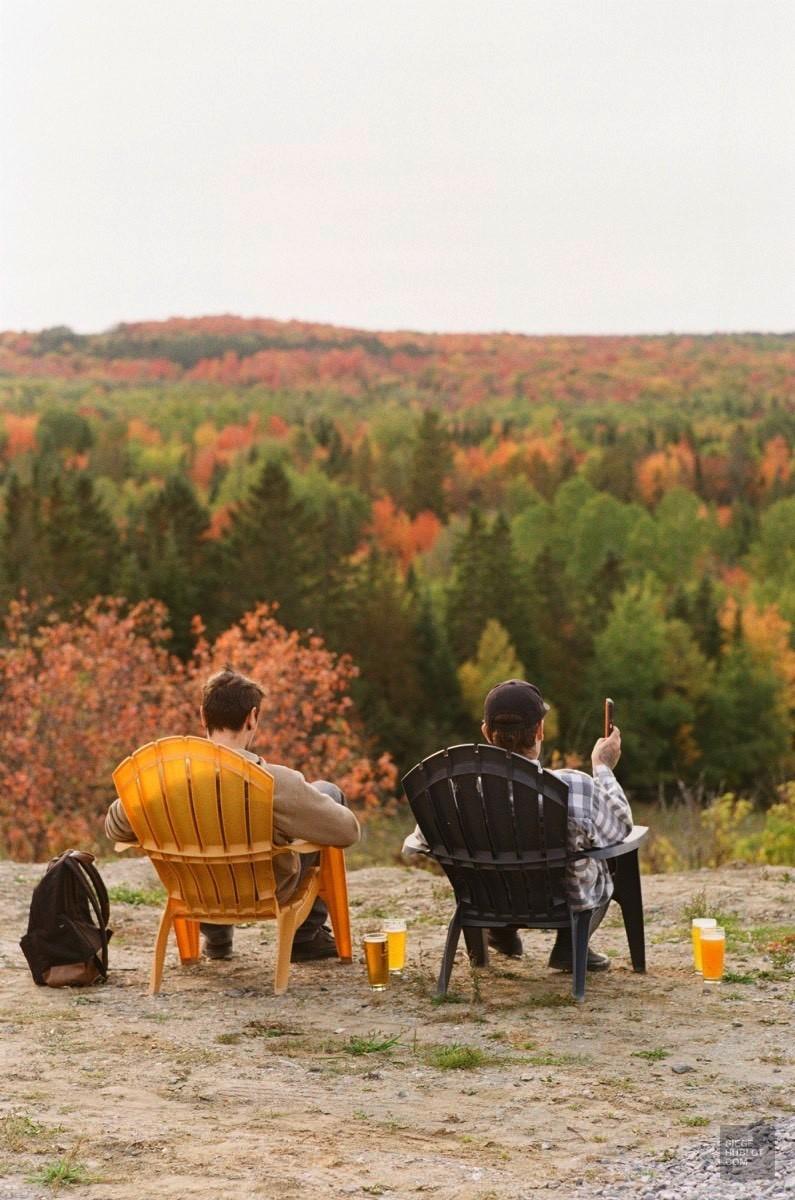 Chaises Adirondack et panorama incroyable - Frampton Brasse - Balade en Beauce - Amérique du Nord, Canada, Québec, Chaudière-Appalaches
