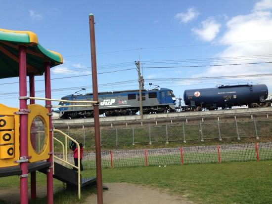 出羽公園の貨物列車