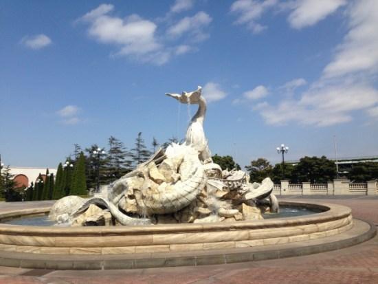 ミラコスタの像