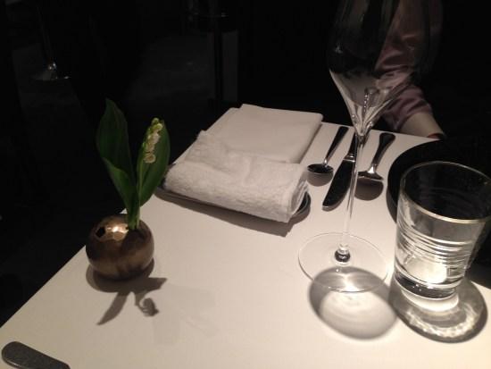 ラッセのテーブル