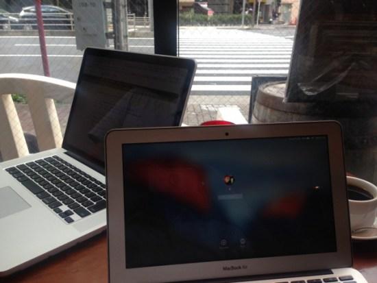 MacBook Airとプロ