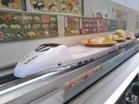 回転寿司で食べる麺類が美味しく感じる。子供もよく食べる