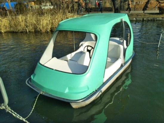 上野公園のサイクルボート