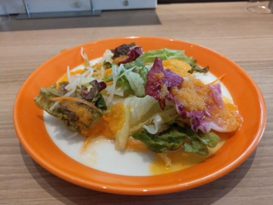 麹町珈琲のサラダ