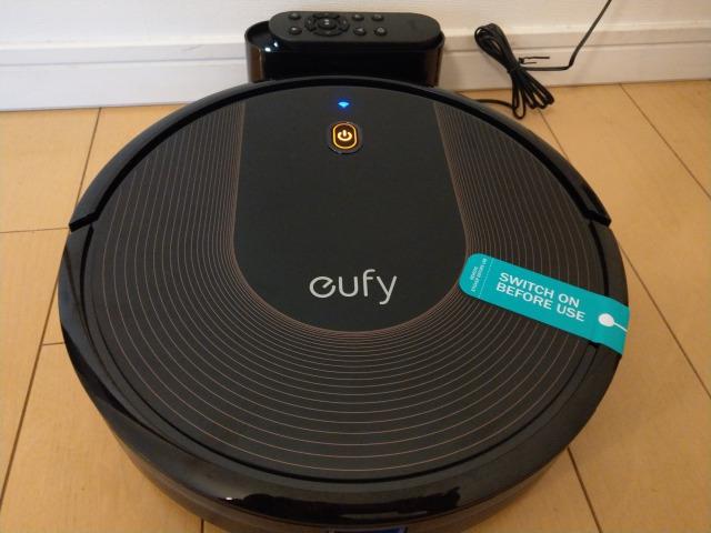 ようやくロボット掃除機が部屋を通れるようになって快適。片付けは掃除機が通れる道を作る