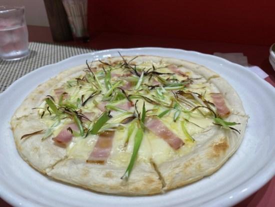 コメスタのピザ