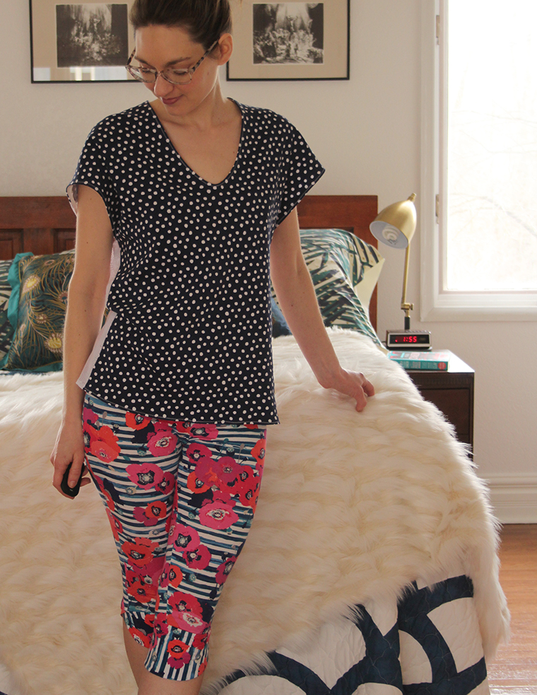 Here's my experience sewing Seamwork's Manila leggings and BurdaStyle 04/2014 #109 knit V-neck pullover top.