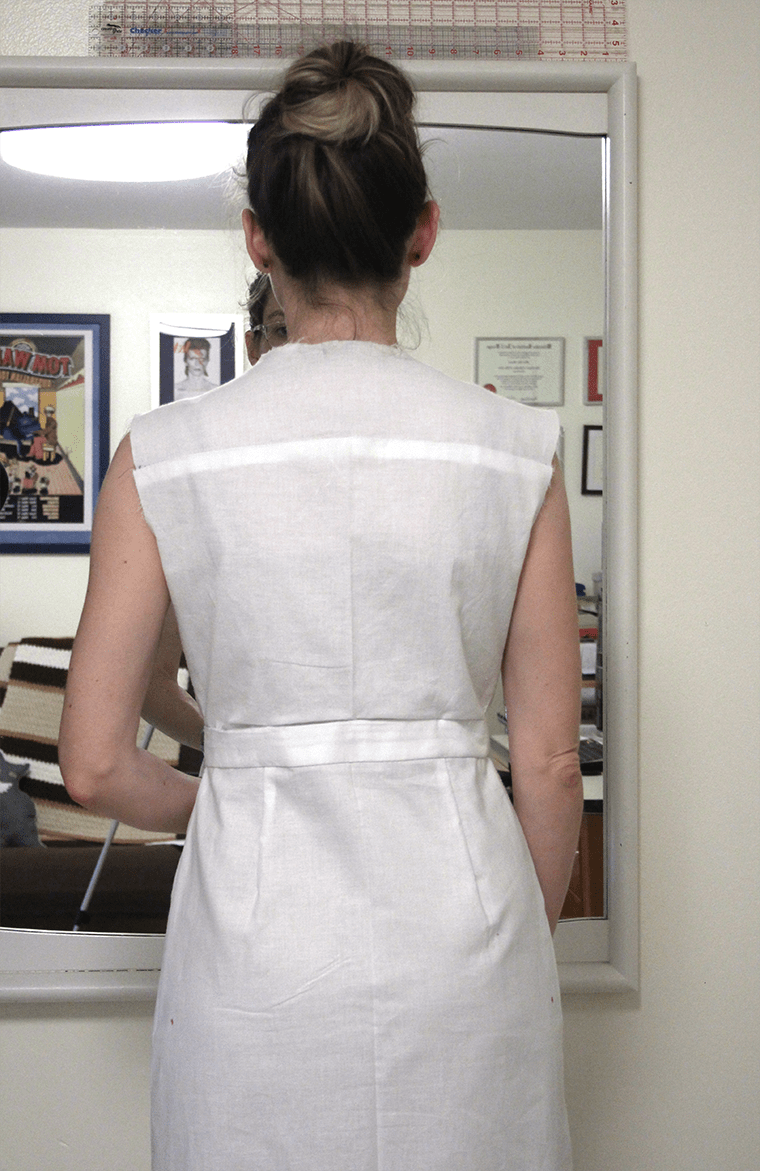 The back view of McCall's M6696 shirtdress.