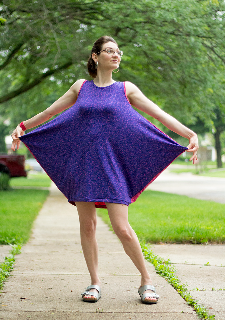 Here's why I call Simplicity 8379 my manta ray dress.