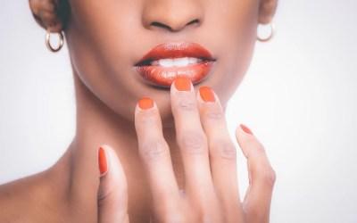 Consejos útiles de maquillaje para mujeres trans