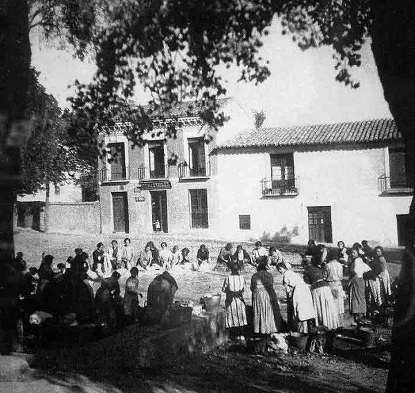 La Balseta_ Ca. 1923 _ El lavadero La Balseta-web