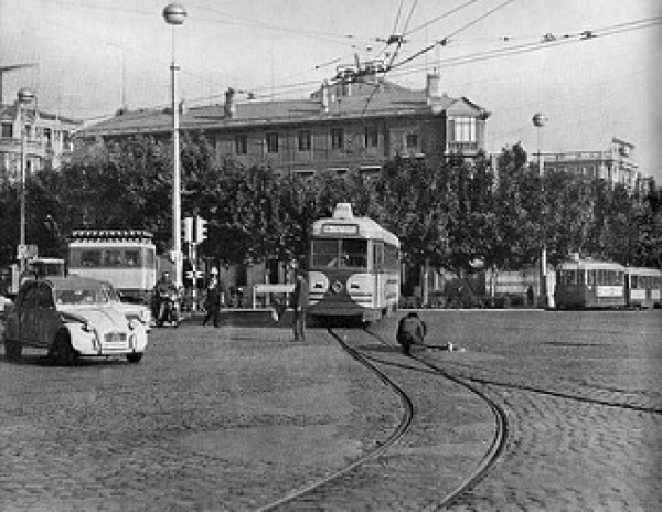 7-Plaza de Paraíso 1969 _ Un momento de pánico controlado_ mie… _ Flickr_files