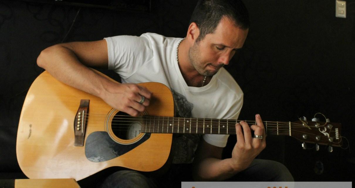 Marko Popovich, vocalista de Cómplices Eternos