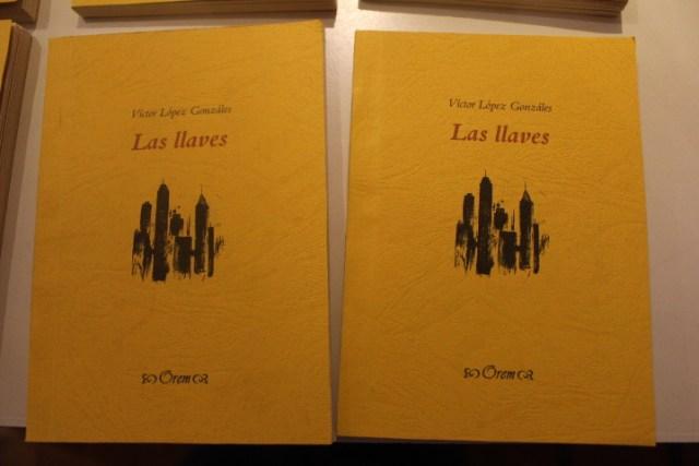 Portada de poemario Las Llaves