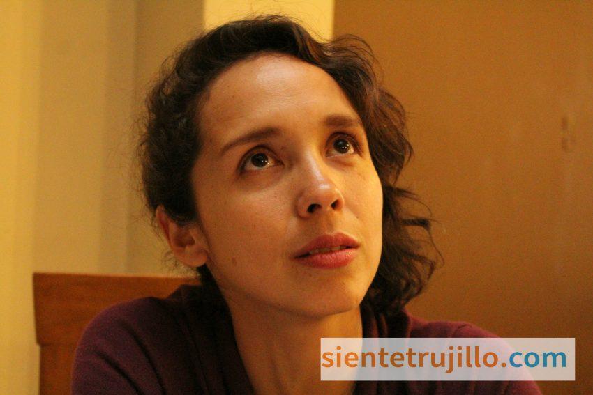Giovanna Núñez - La Lá brinda entrevista para Siente Trujillo