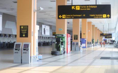 Ministro Carlos Lozada cierre de fronteras