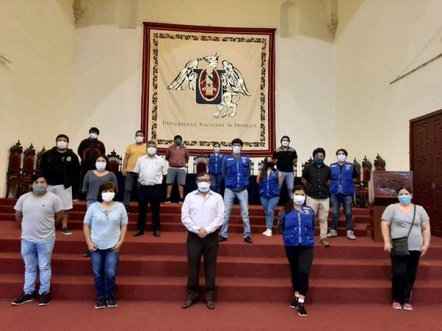 familias de Alto Trujillo